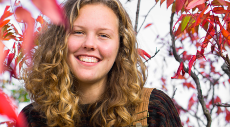 Stephanie Comfort receives 2020 Environmental Leadership Award